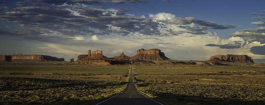 Steve Gadomski - Monument Valley Panorama