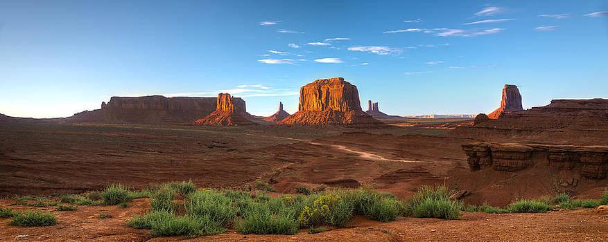 Steve Gadomski - Monument Valley Sundown