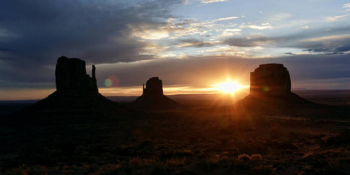 Wes and Dotty Weber - Monument Valley Sunrise