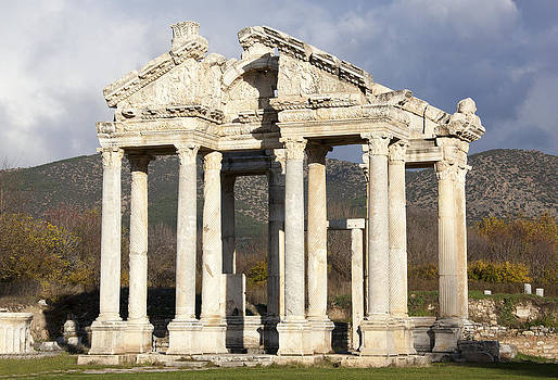 Ramunas Bruzas - Monumental Gateway