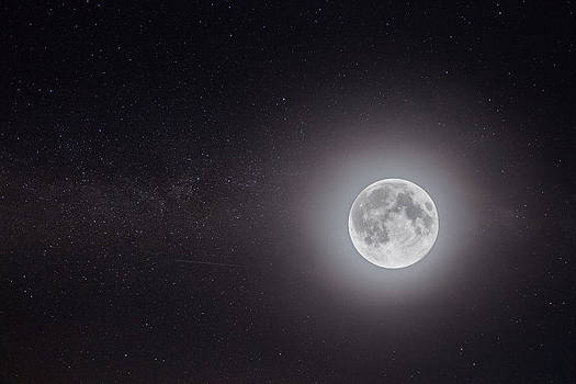 Moon Illuminating The Milky Way by Leander Nardin
