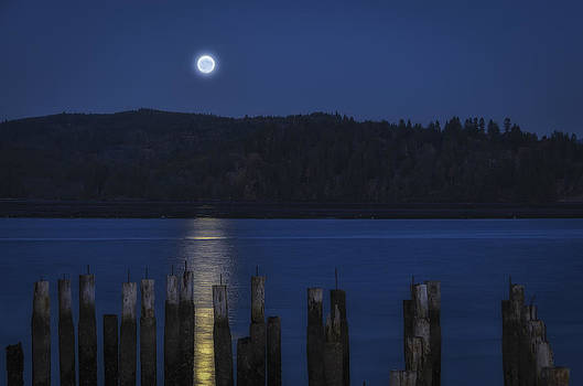 Moon Rise by Chris Malone