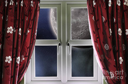 Simon Bratt Photography LRPS - Moon through a window