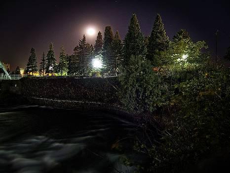 Moonglow by Dan Quam