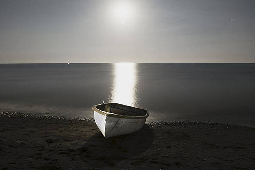 Moonlight and the fishin boat... by Can Kalagoglu