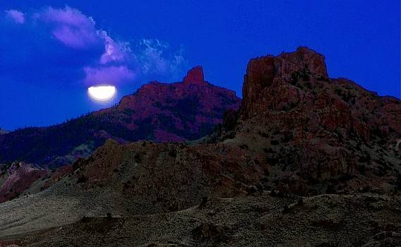 Moonrise and Afterglow by Larry Bodinson