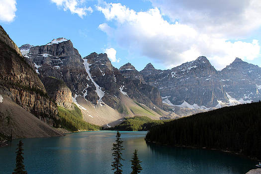 Moraine Lake by Gerald Murray Photography