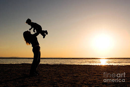 Cindy Singleton - Mother and Child Silhouette