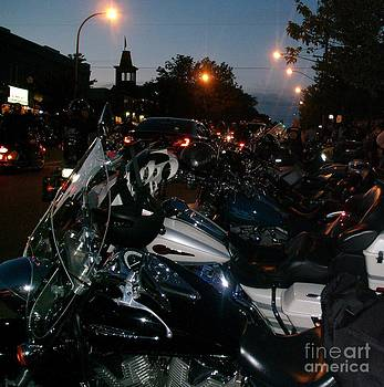 Gail Matthews - MOTORCYCLES AT AMERICADE LINED UP