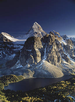 Mount Assiniboine and Sunburst lake by Richard Berry