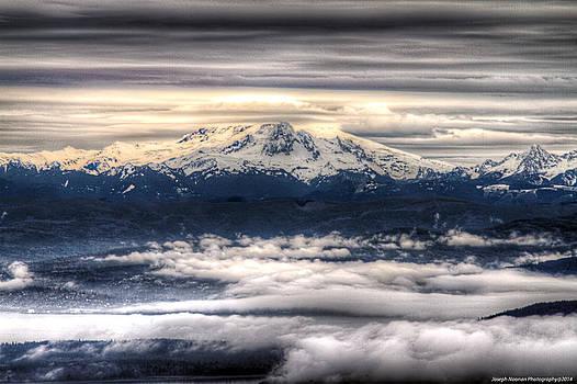 Mount Baker by Joseph Noonan