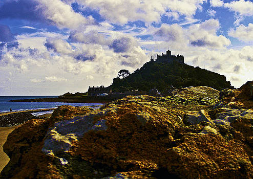 Mount Behind The Rocks by Paul Howarth