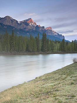 Mount Rundle and the Bow River at sunrise by Richard Berry