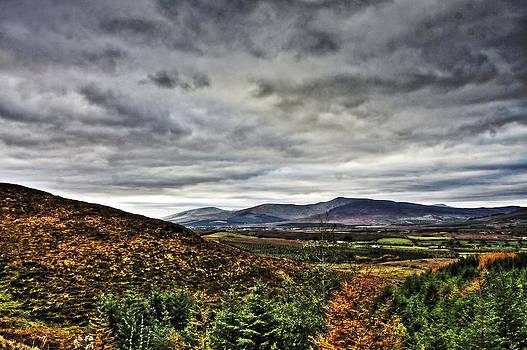 Mountain at the windy gap by Tony Reddington
