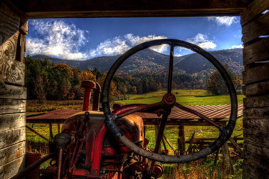 Mountain Farm View by Greg and Chrystal Mimbs