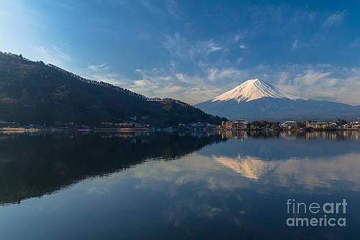 Mountain Fuji view from the lake in Japan. by Tosporn Preede