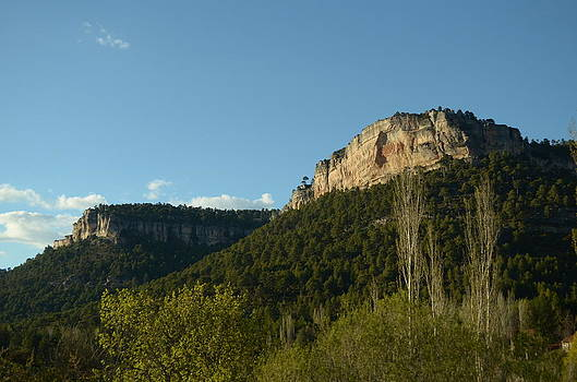 Mountains by Daniela Gonzalez