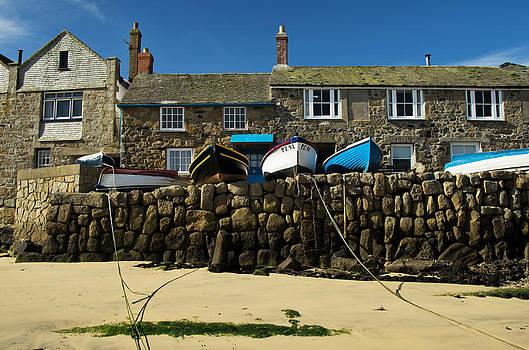 Mousehole in Cornwall by Pete Hemington