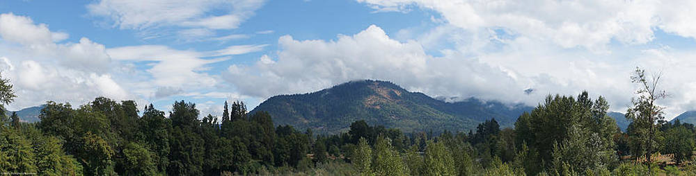 Mick Anderson - Mt Baldy Panorama from Grants Pass