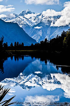 Mt Cook  by Dean Chytraus
