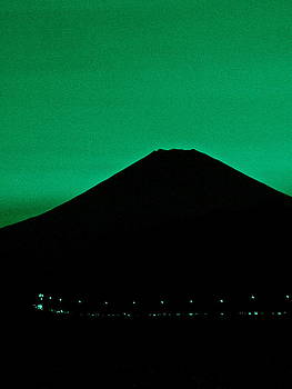 Larry Knipfing - Mt Fuji at Dusk - 2