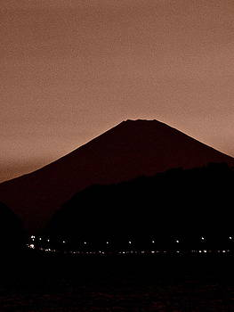 Larry Knipfing - Mt Fuji at Dusk - 1