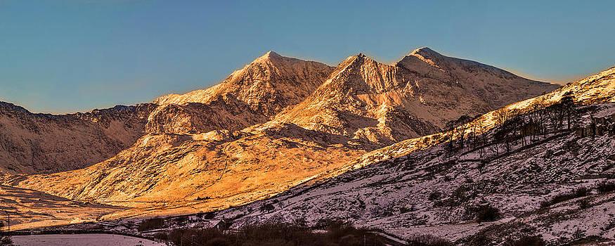 Mt snowdon from llyn mymbyr snowdonia by Regie Marshall