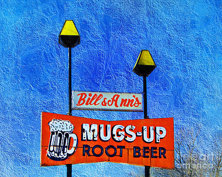 Andee Design - Mugs Up Root Beer Drive In Sign