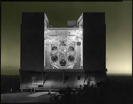 Multiple Mirror Telescope by Gary Auerbach