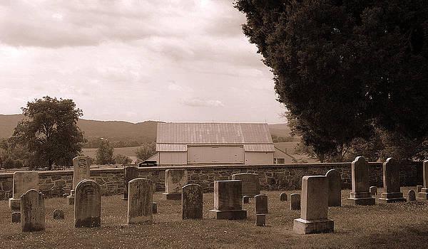 Mummas Family Cemetery  by M Hess