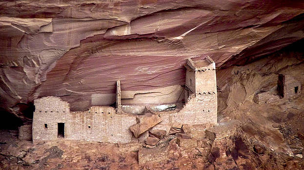 Mummy Cave at Canyon de Chelly by Susan Hamilton
