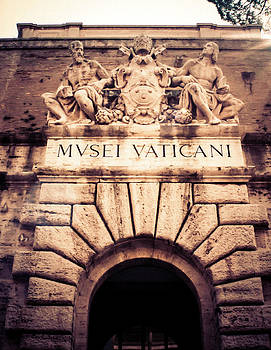 Musei Vaticani Uscita by Rob Tullis