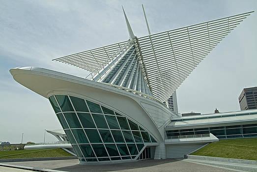 Devinder Sangha - Museum shaped like a ship