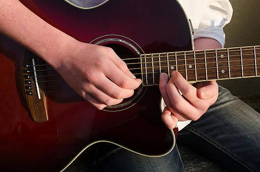 Musical hands by Paul Indigo