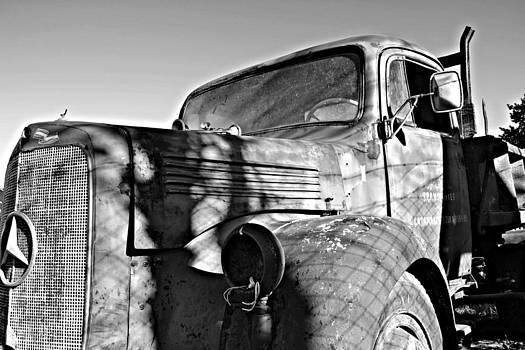 My grandpa old truck  by Sabrina Vera