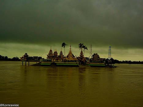 Myanmar by Kornrawiee Miu Miu