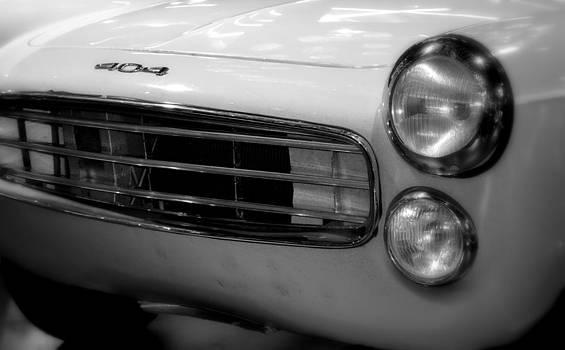 Mythic  Renault 404 by Riad Belhimer