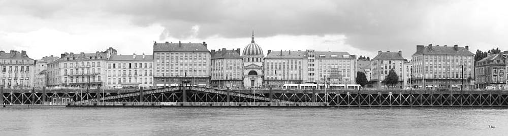 Nantes by Thomas Leon