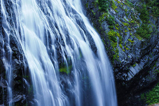 Narada Falls by Kimberly Deverell