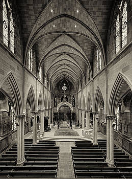 Nave III by Dick Wood