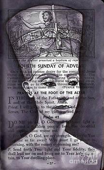 Nefertiti II by Noelle Magana