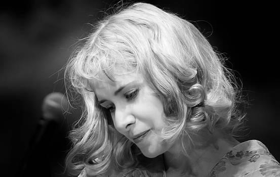 Nellie McKay by Garth Woods