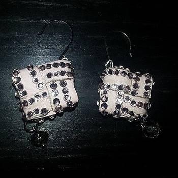 #new #beauxbijoux. #earrings by Amy Marie La Faille