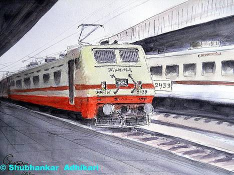 New Delhi bound Super Fast train leaving Kolkata station by Shubhankar Adhikari