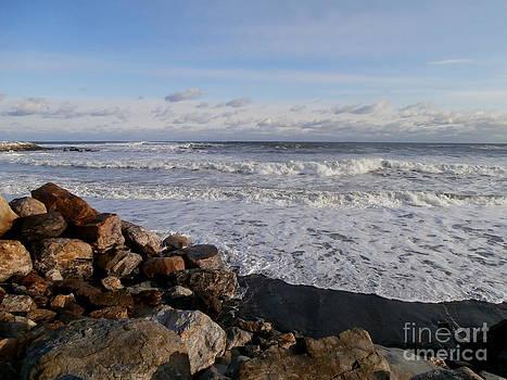 Ocean Scene by Eunice Miller