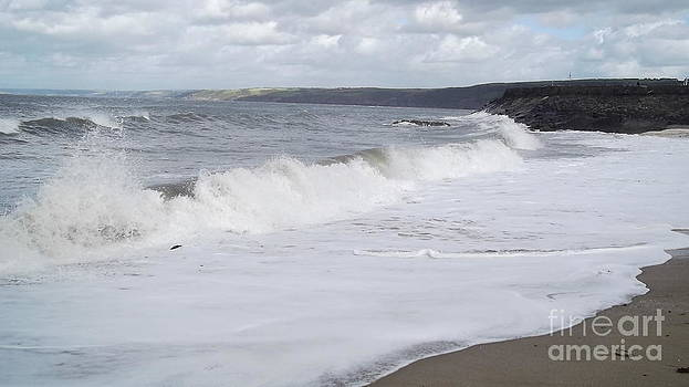 New Quay Waves by John Williams