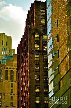 Gwyn Newcombe - New York Apartments