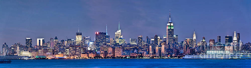 Delphimages Photo Creations - New York blue hour panorama
