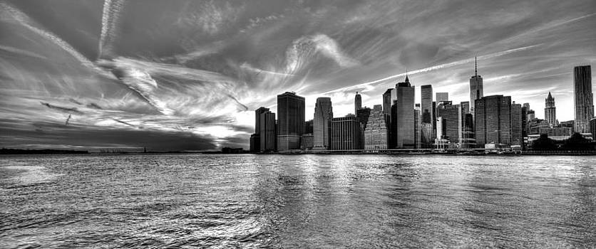 New York City in Black and White by Ramon Nuez