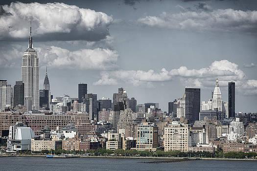 New York by D Plinth